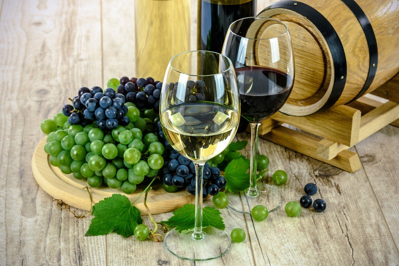 Make The Right Wine Decisions Using Expert Tips